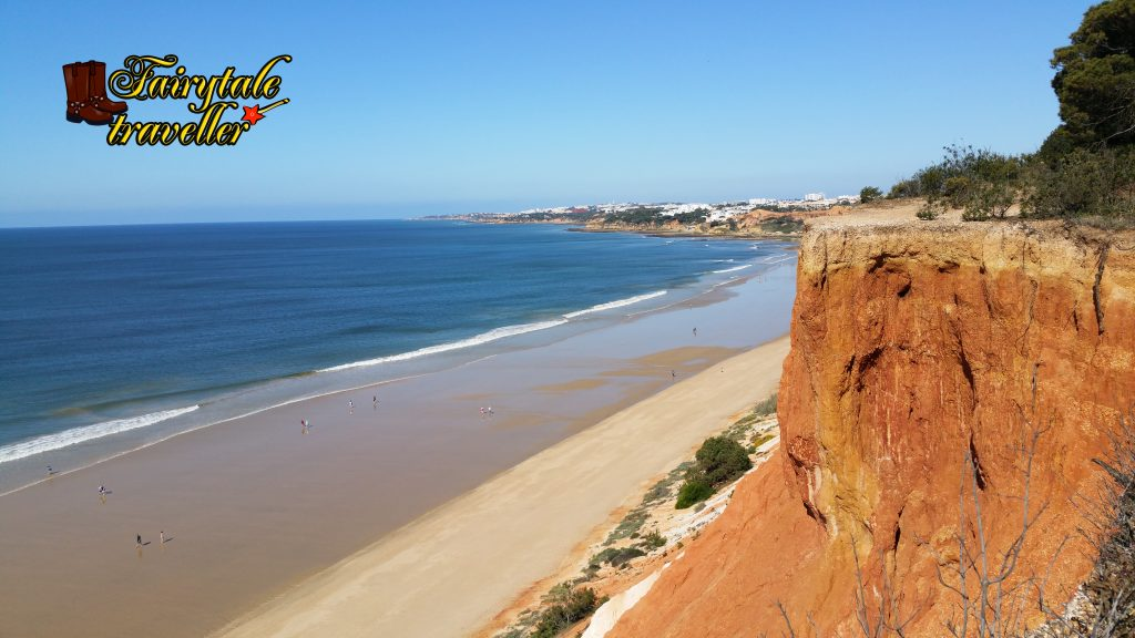 Beaches with red sand and rocks, in Algarve