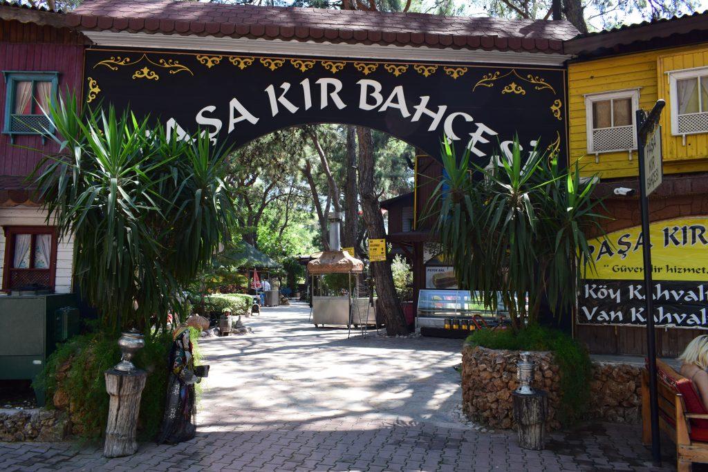 Pasa Kir Bahcesi Restaurant